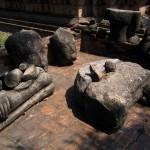 The discard bin at Wat Ratburana