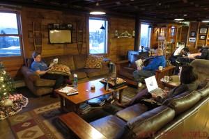 Mount Aurora Lodge main room